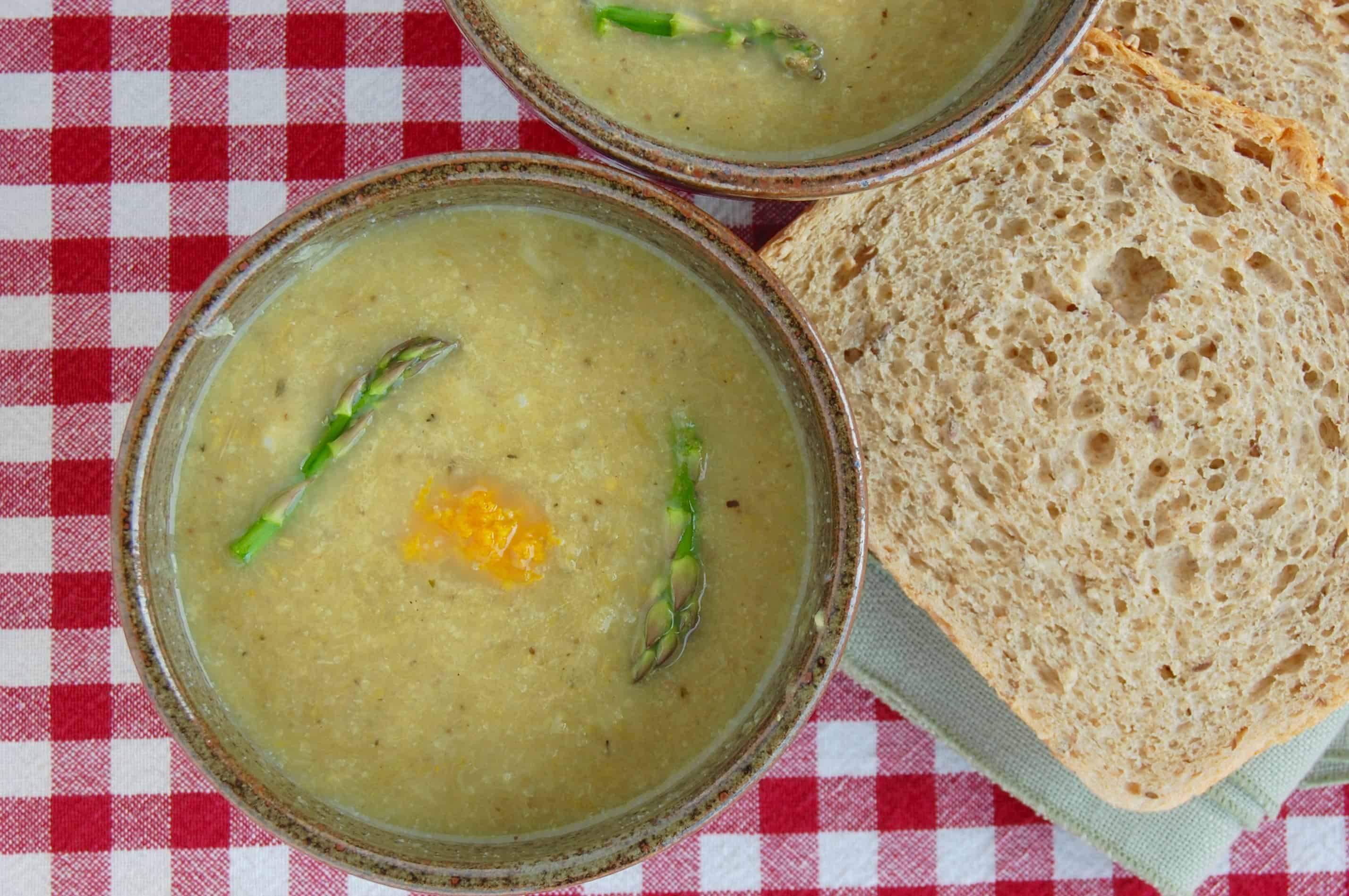 """Creamy"" Asparagus Leek Soup"